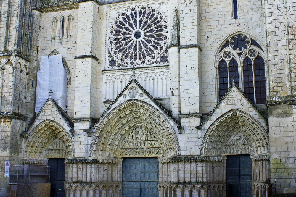 cathedral-front-258214